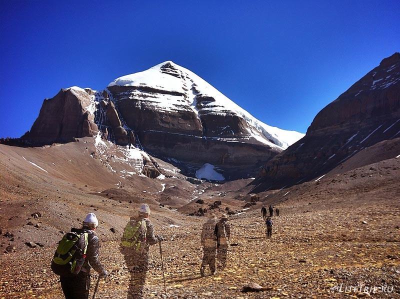 Тибет. Внутренняя кора - соединение Кайласа и Нанди.