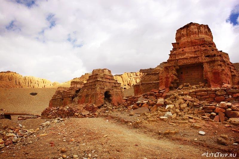 Тибет. Долина Гаруды - равалины цивилизации Шамшунг.
