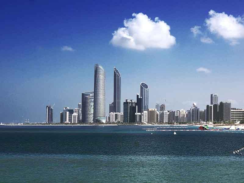 ОАЭ. Абу Даби: Emirates Palace и Деревня Наследия.